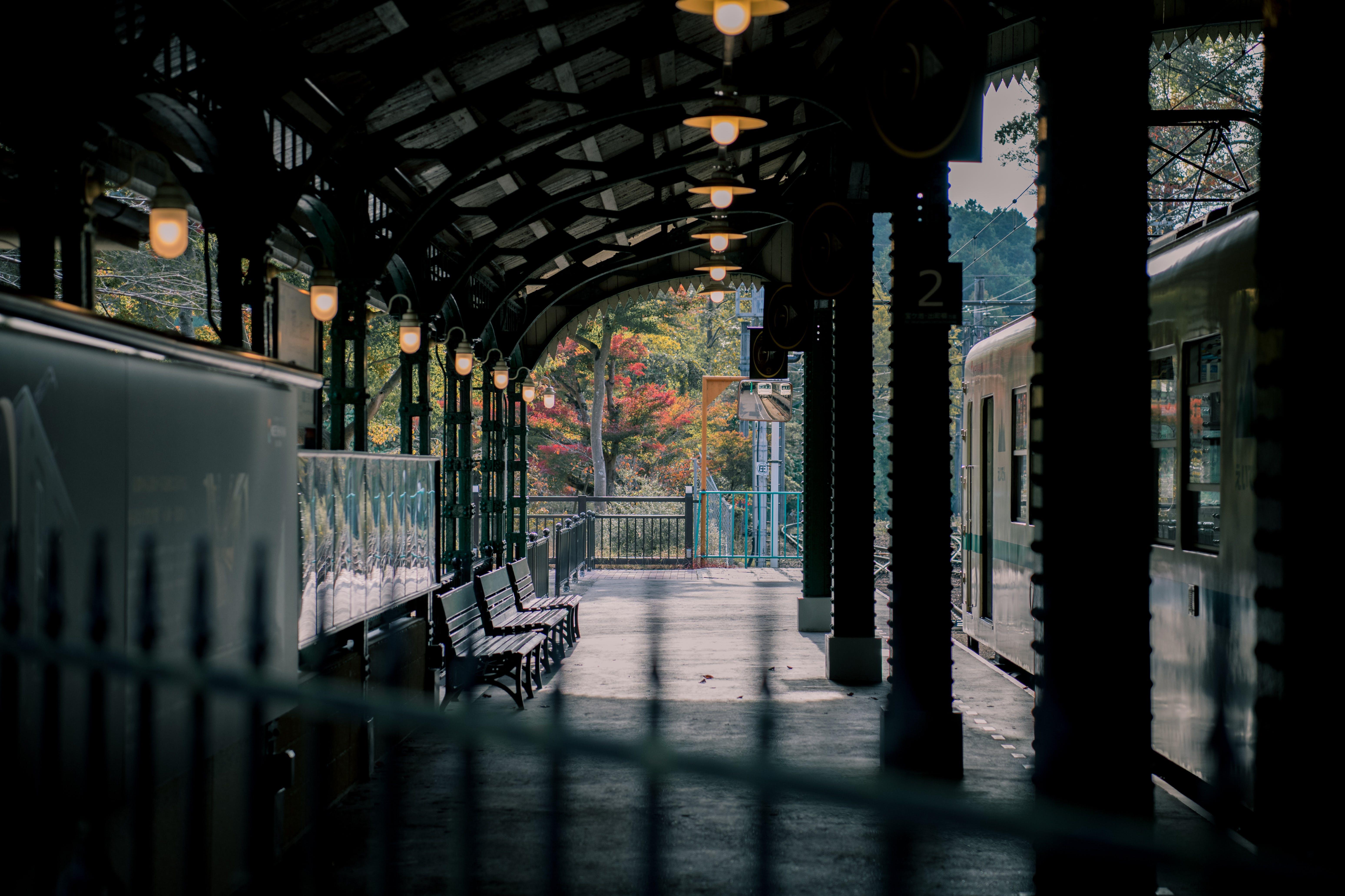 Foto profissional grátis de estação, estação de trem, esvaziar, sistema de metrô