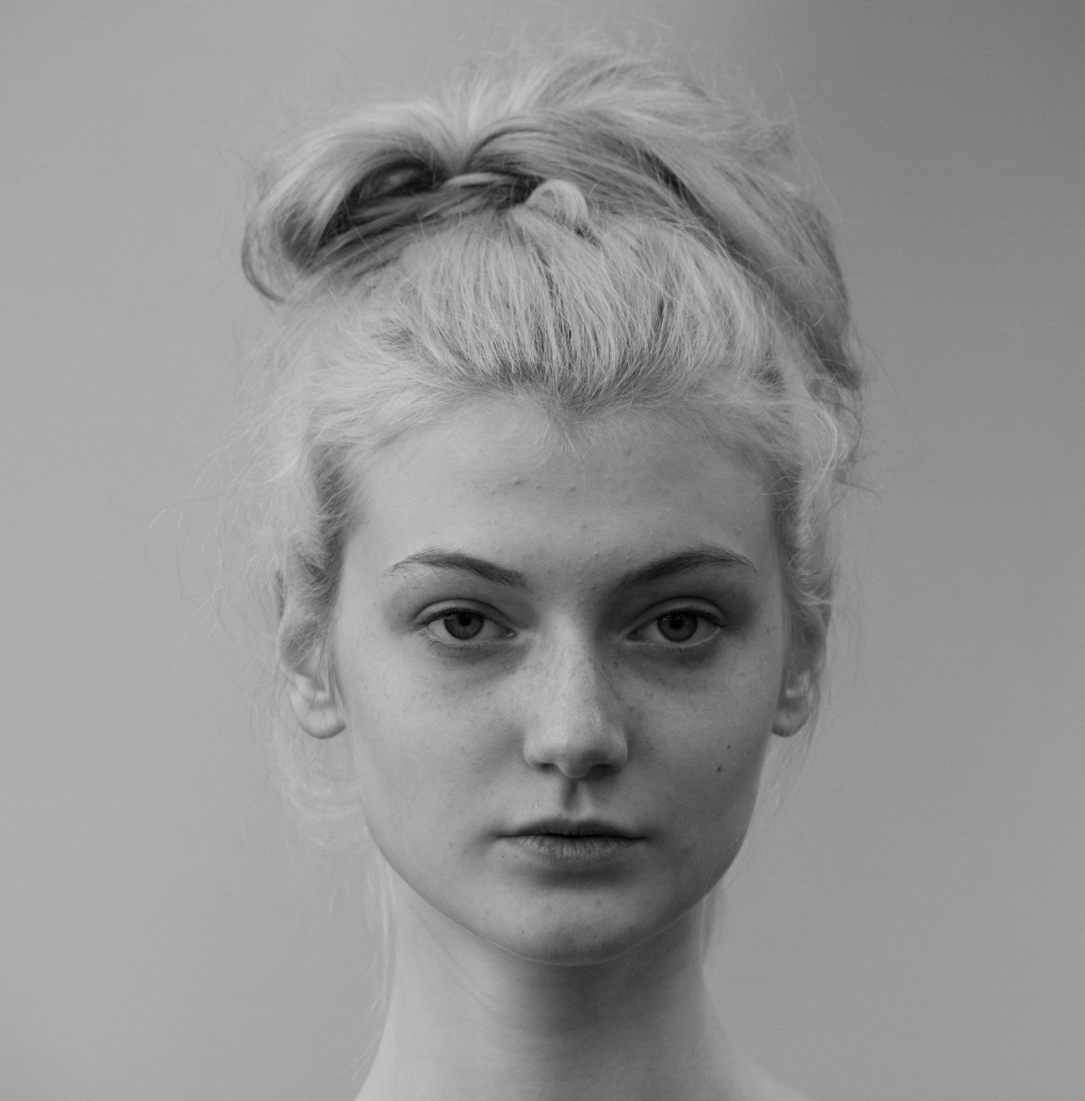 Kostenloses Stock Foto zu blond, frau, haar, hübsch
