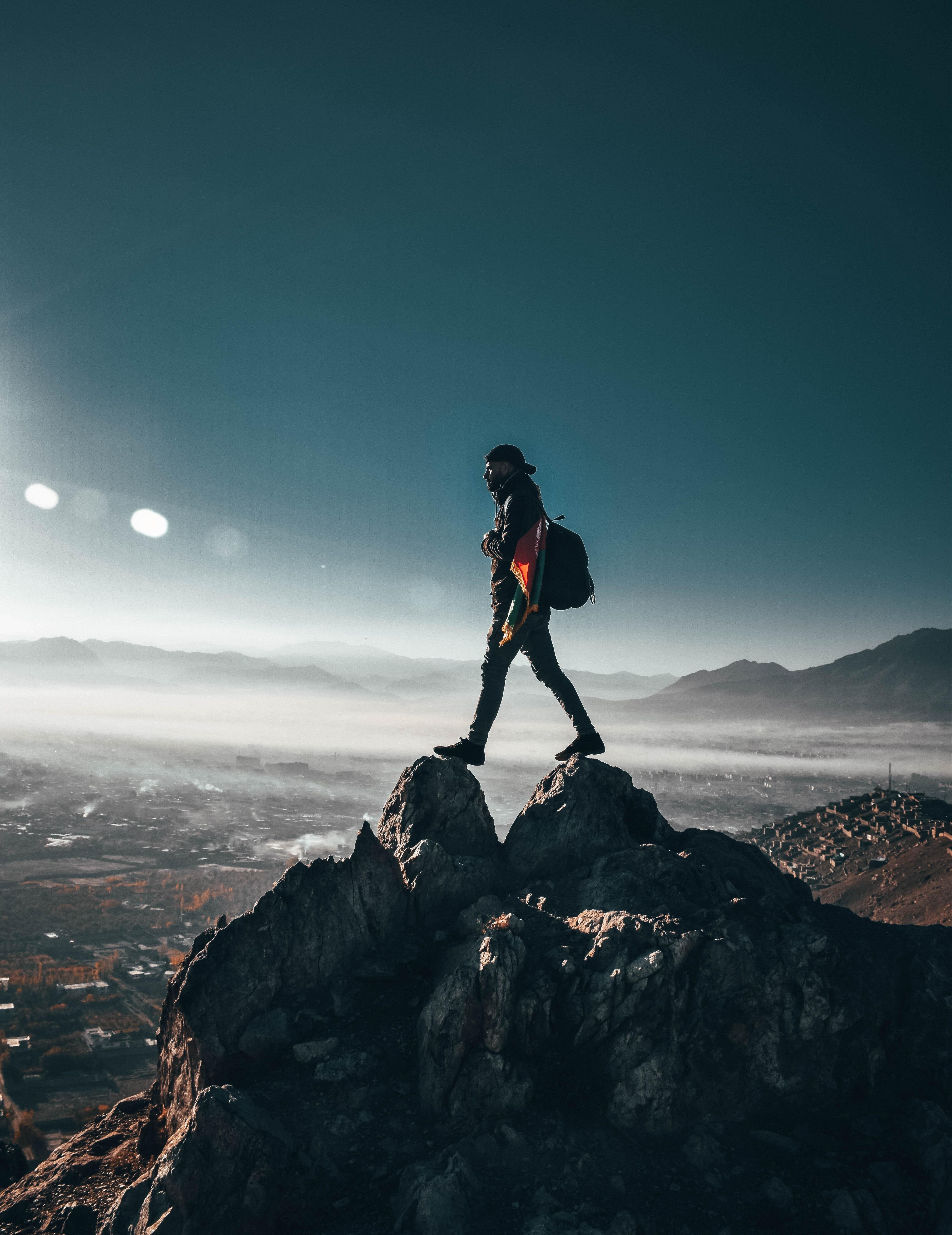 1000+ Beautiful Hiking Photos · Pexels · Free Stock Photos