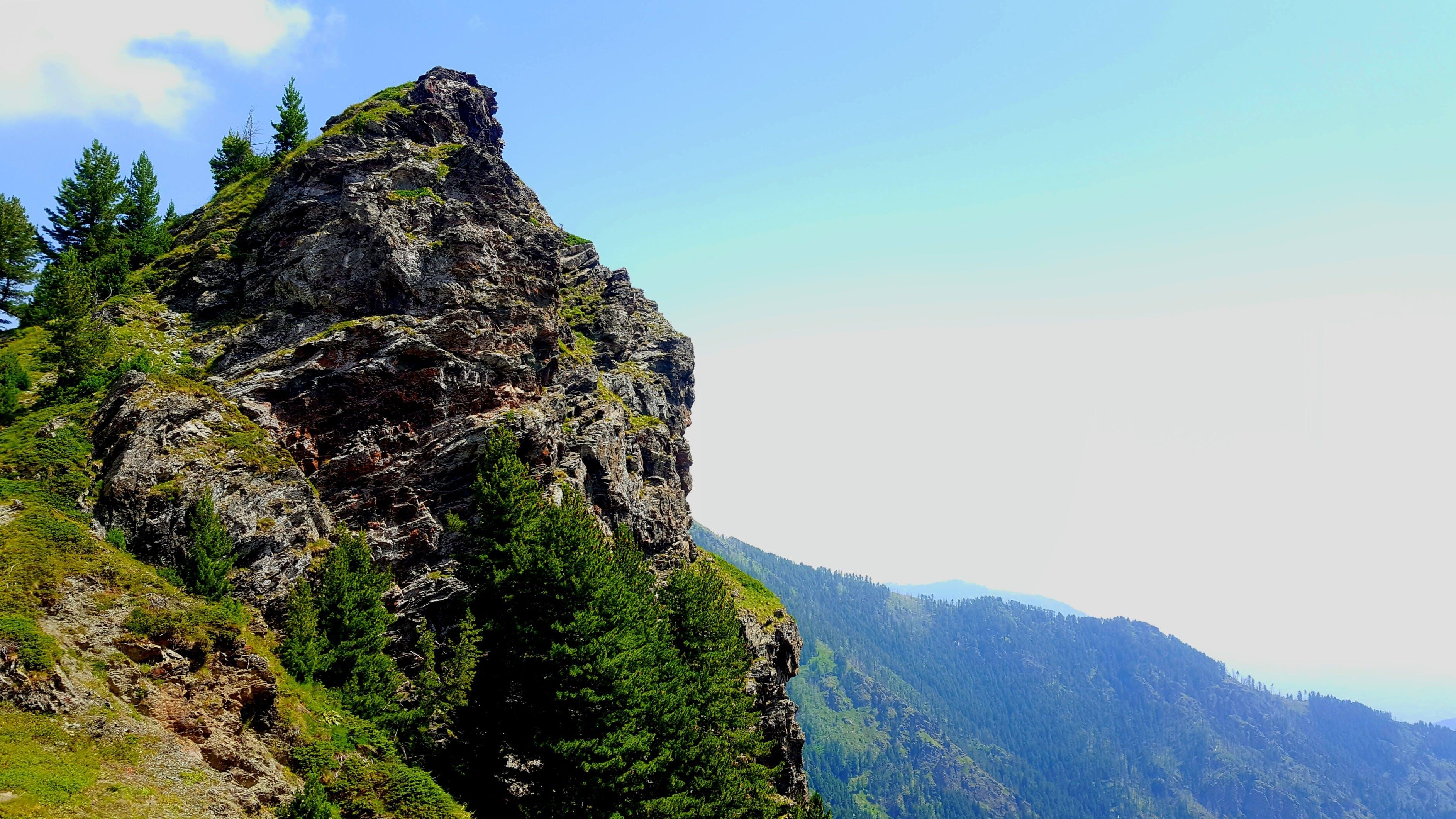 Green Grass Mountain Photo