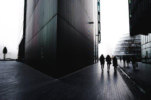 シティ, 建物, 歩く人, 通りの無料の写真素材