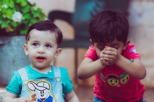 Fotos de stock gratuitas de adorable, bebés, cara, concentrarse
