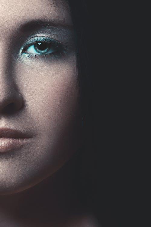 Základová fotografie zdarma na téma hezký, holka, krásný, líčení