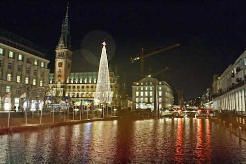 Kostenloses Stock Foto zu nacht, stadtzentrum, winter