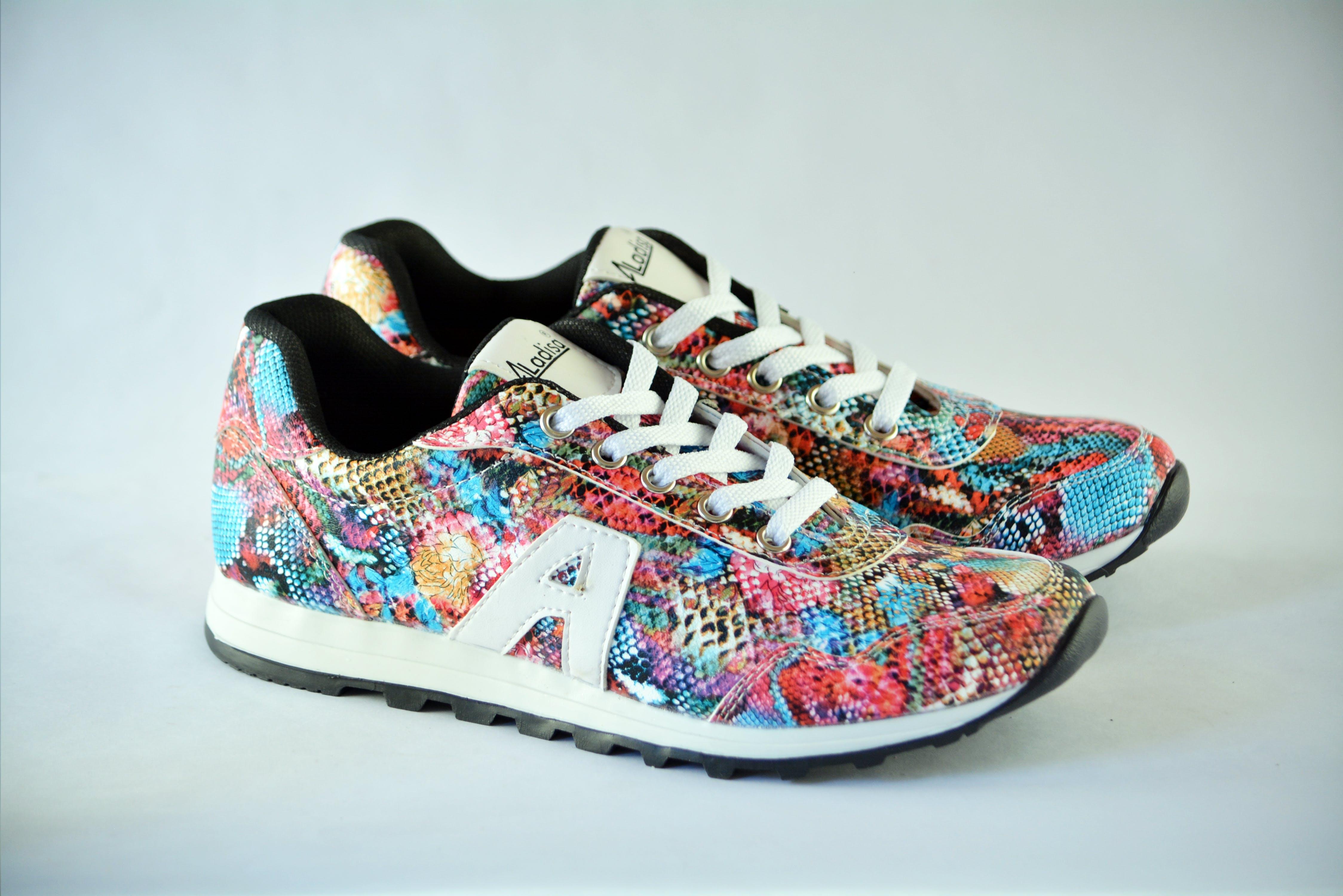 Pair of Multicolored Low-top Sneakers