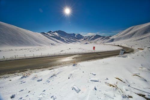 Gratis stockfoto met altitude, bergen, besneeuwd, bevriezen