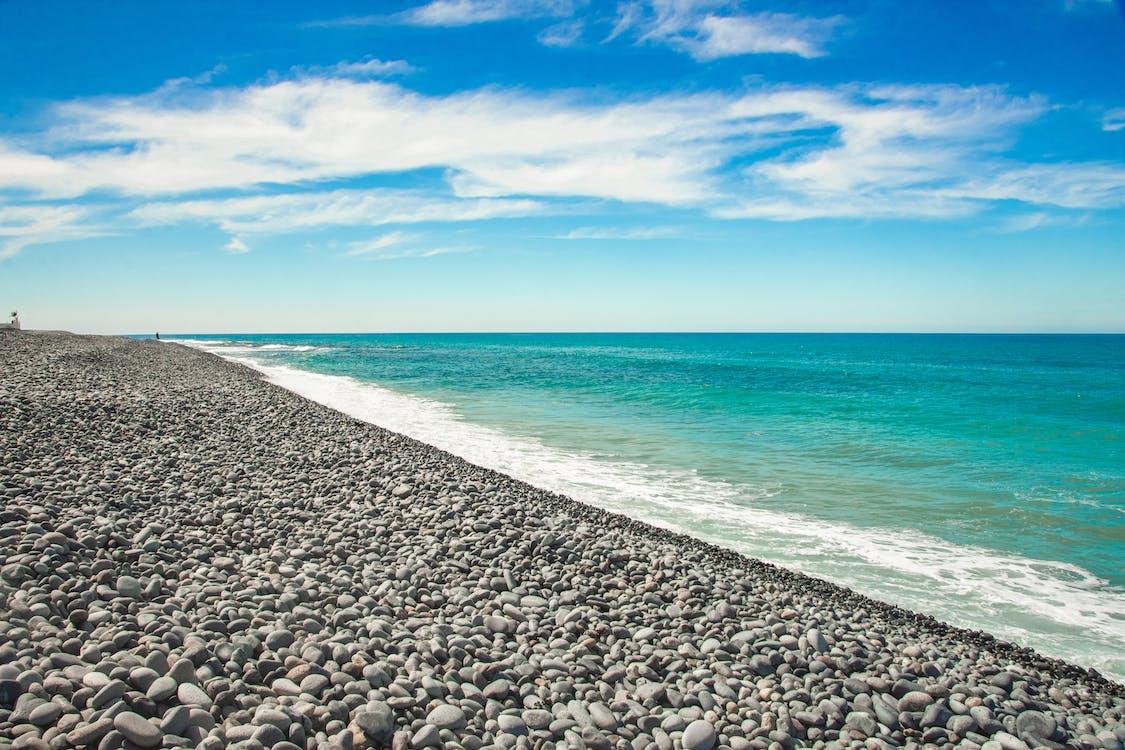 Fotobanka sbezplatnými fotkami na tému kamienok, plávať, pláž