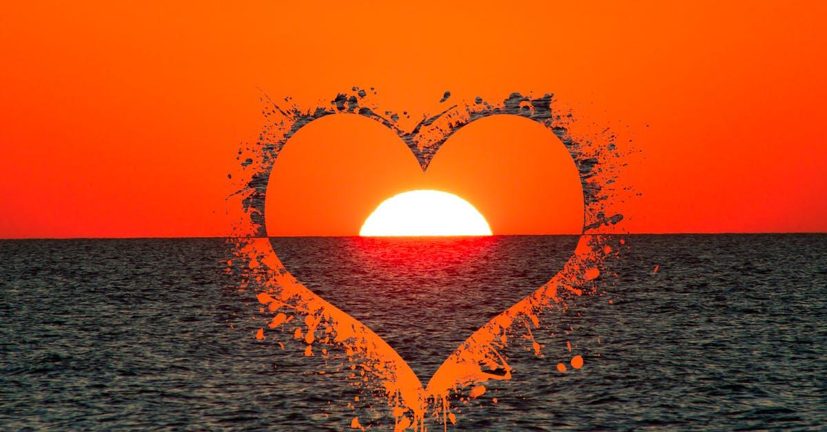Солнышко с сердцем картинки
