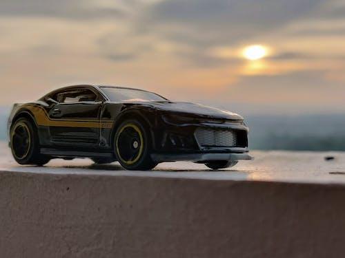 araba, makro fotoğraf, minyatür oyuncaklar içeren Ücretsiz stok fotoğraf