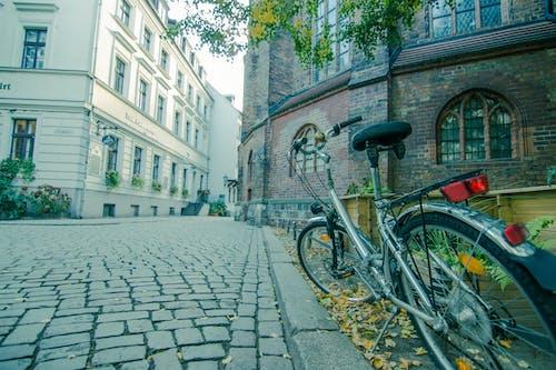 Gratis stockfoto met architectuur, Duitsland, fiets, gebouw