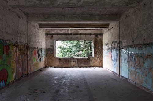 Gratis stockfoto met achtergelaten, gebouw, graffiti, kunst