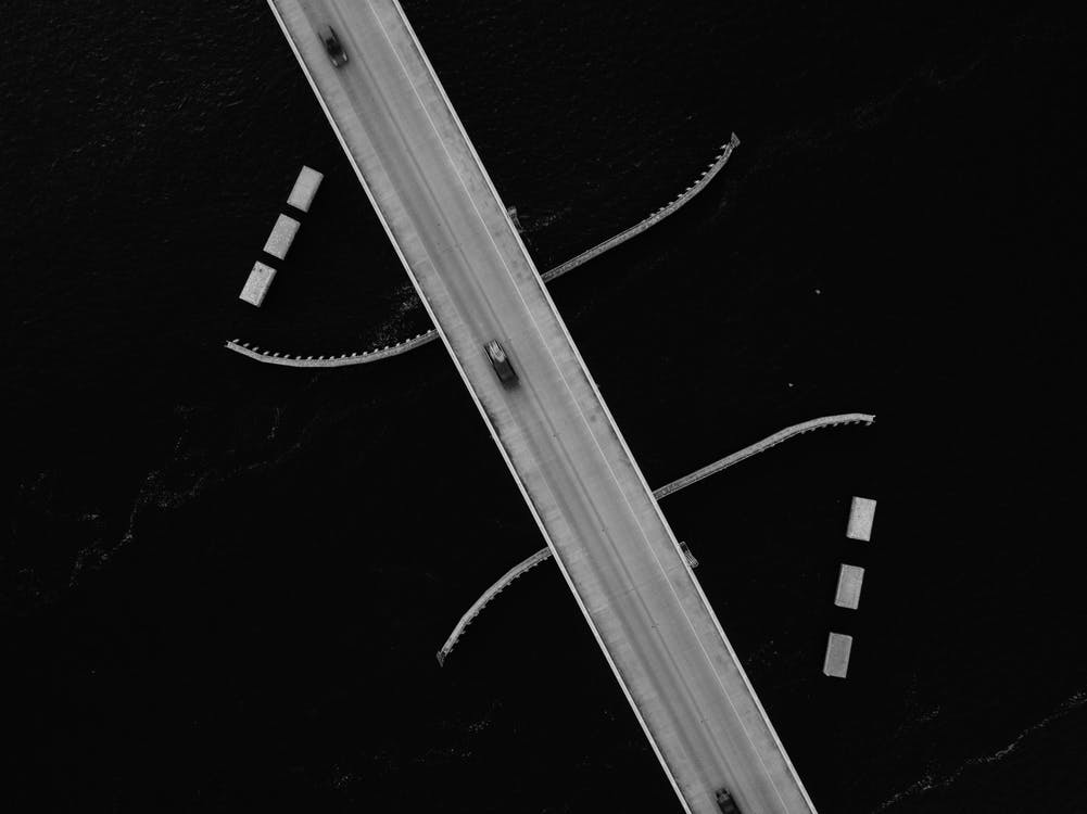 auto's, designen, dronefoto