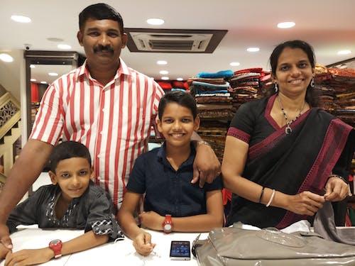 Бесплатное стоковое фото с рини шамеер, счастливая семья