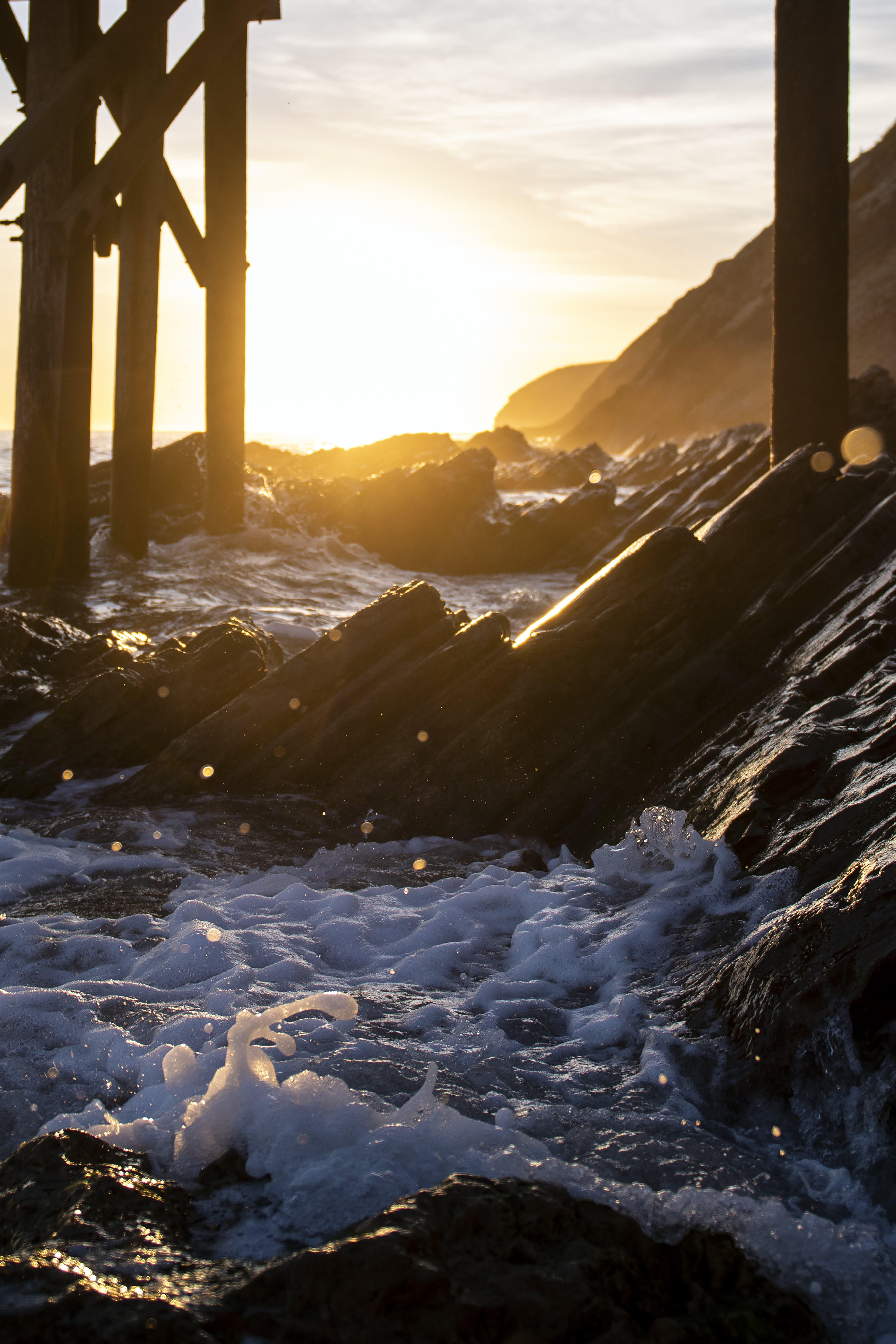 Photos gratuites de bois, bord de mer, cailloux, ciel
