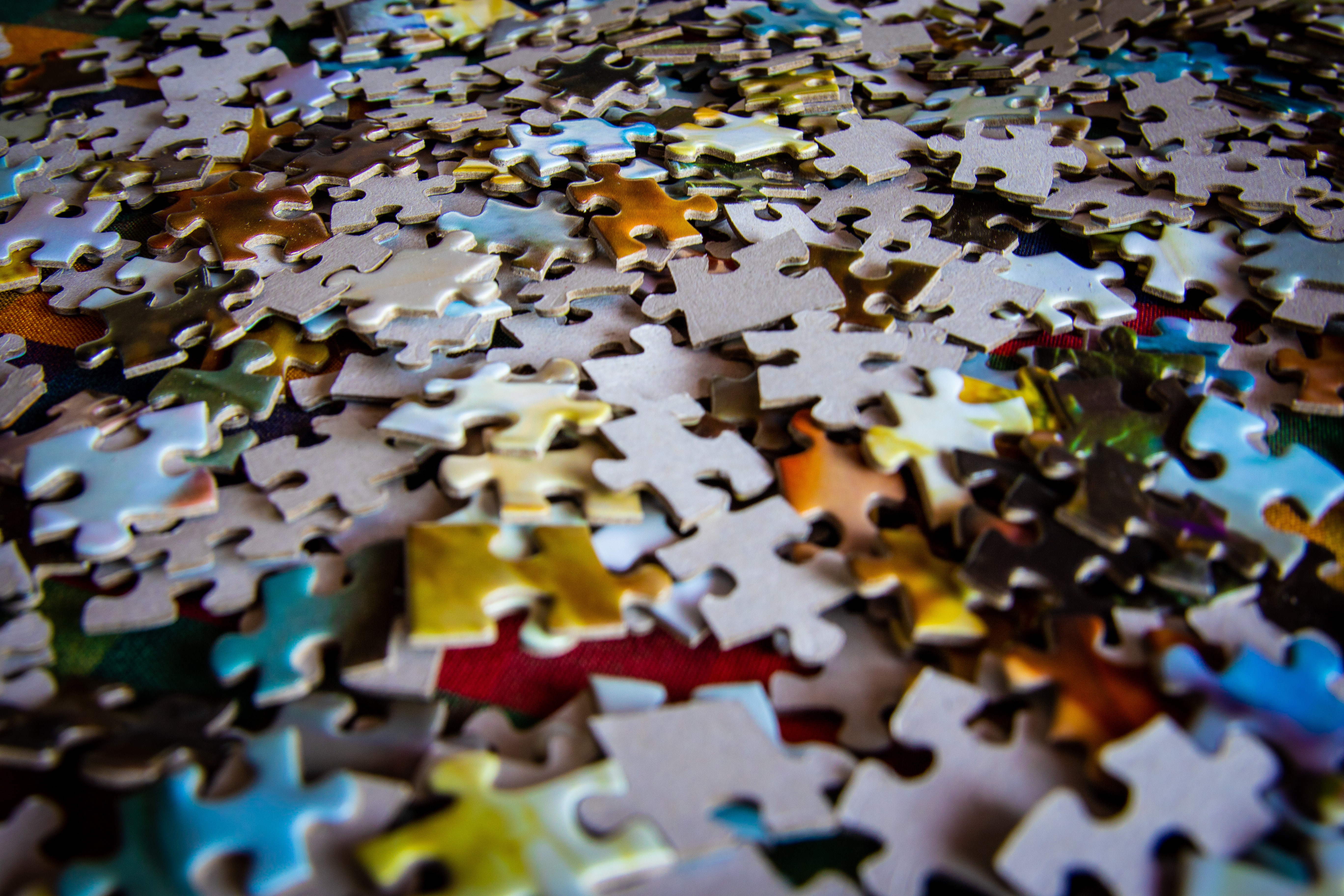 2 Hands Holding 1 Jigsaw Puzzle Piece Each 183 Free Stock Photo