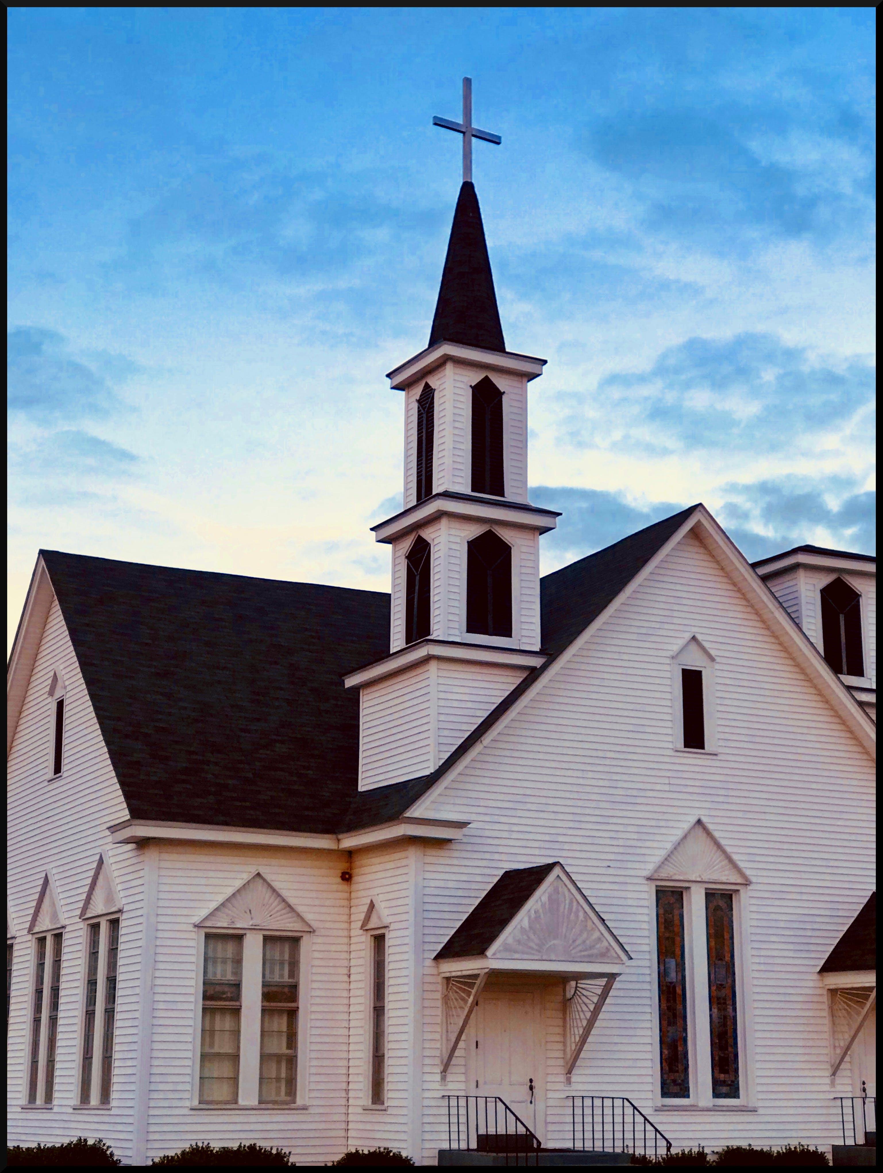 Free stock photo of church, cross, Historic Building, steeple