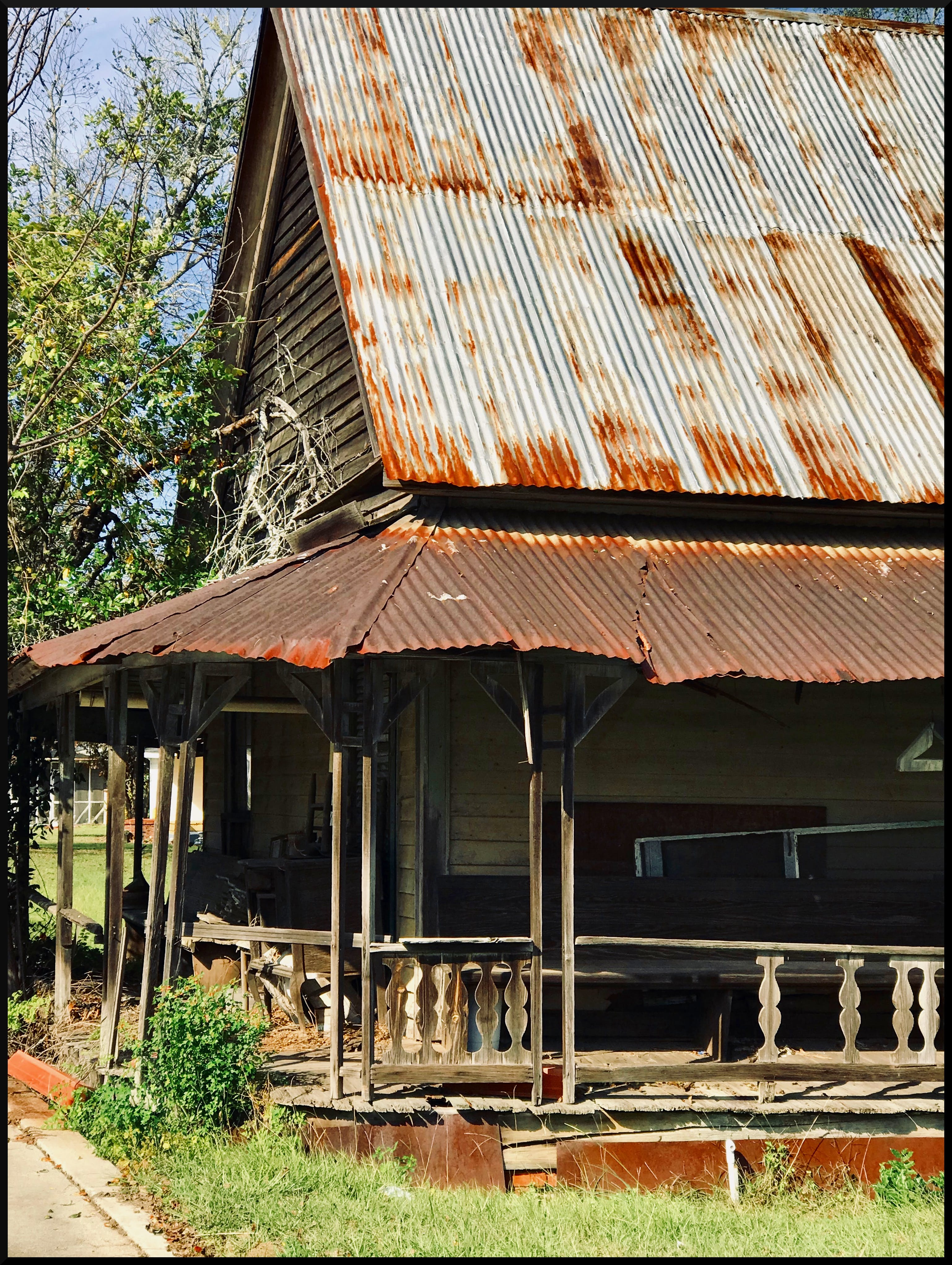 Free stock photo of abandoned house, old house, old porch, tin roof