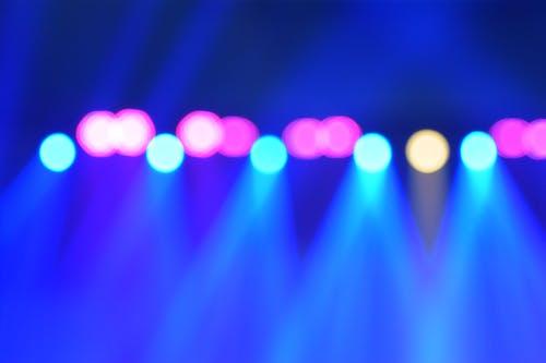 Kostenloses Stock Foto zu beleuchtung, blau, blaue lichter, bühne