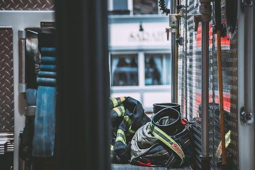 フォーカス, ユニフォーム, 制服, 消防車の無料の写真素材
