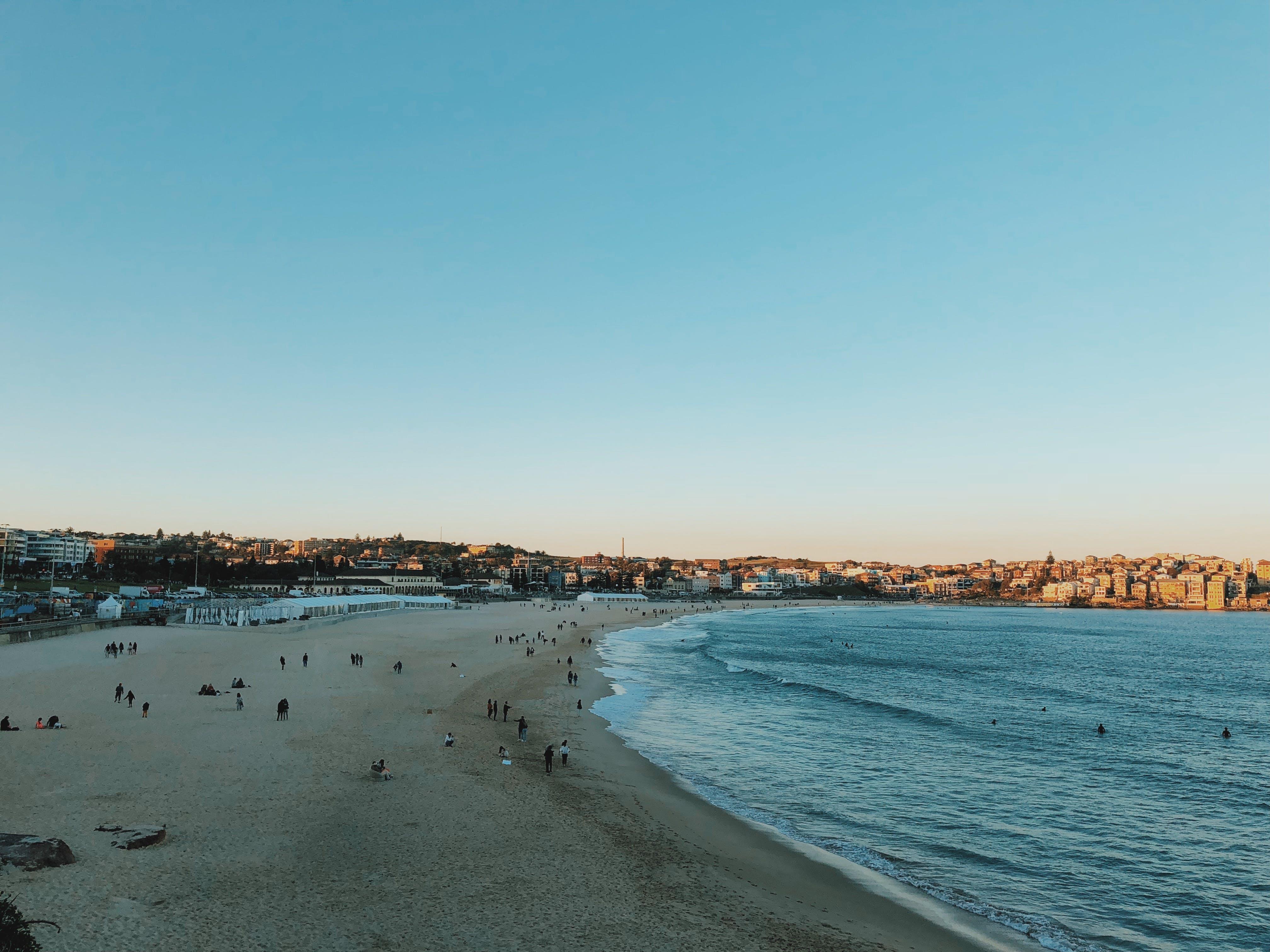 Photos gratuites de bord de l'océan, bord de mer, ciel, ciel dégagé
