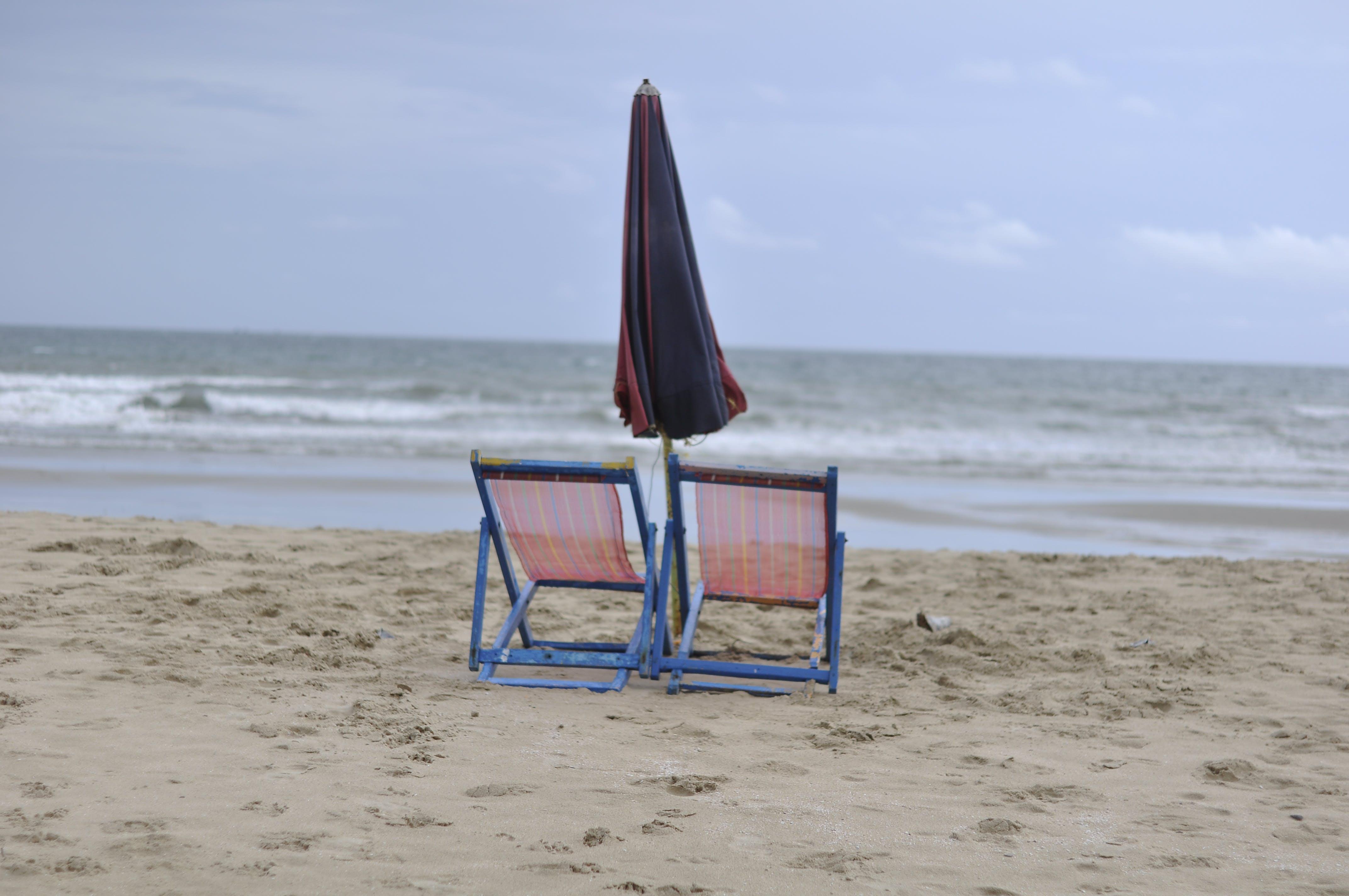 Free stock photo of beach, beach chairs, sea