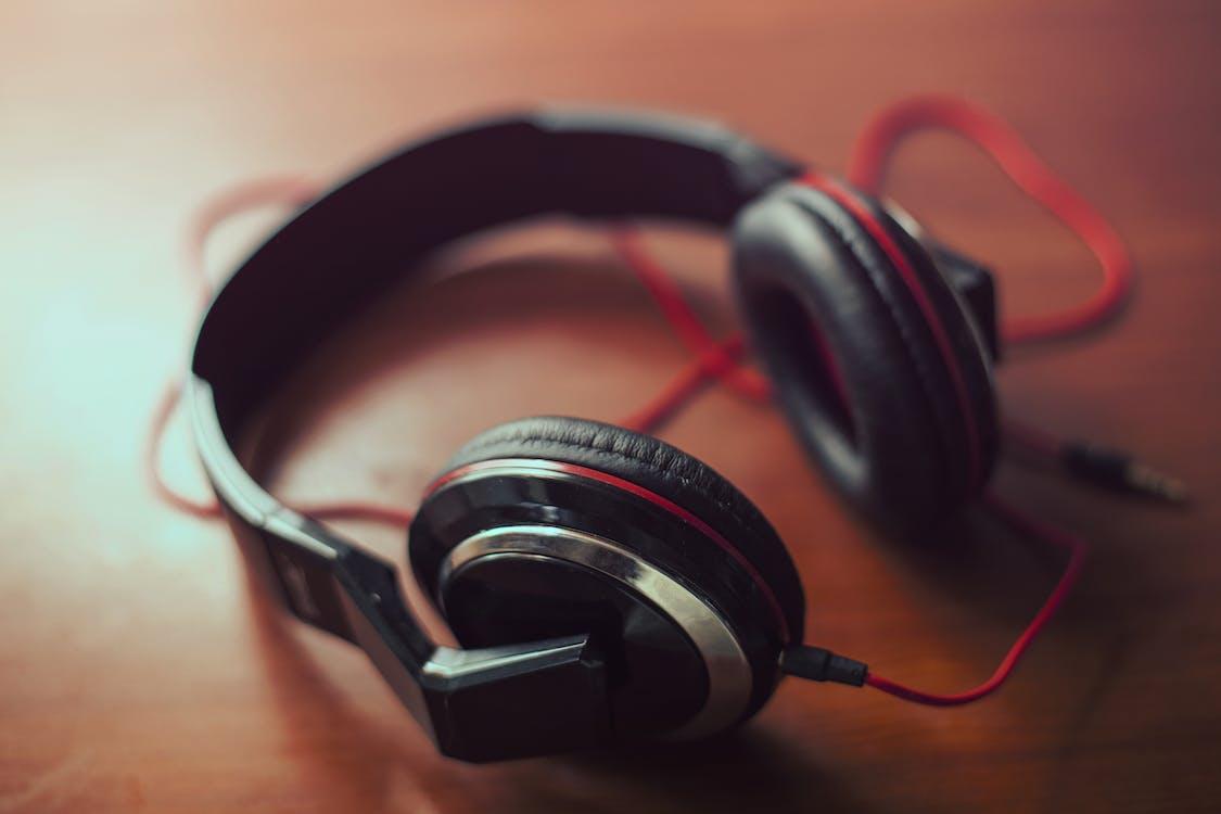 MP3, 技術, 耳機