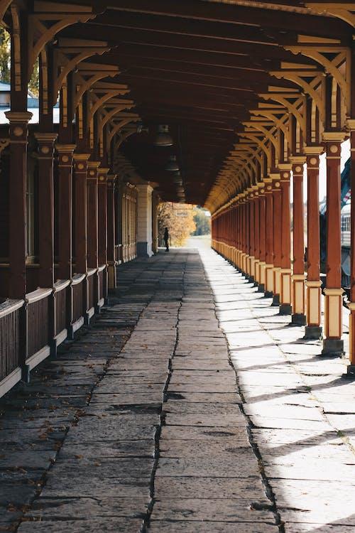 Fotos de stock gratuitas de arquitectura, ciudad, columna, construcción