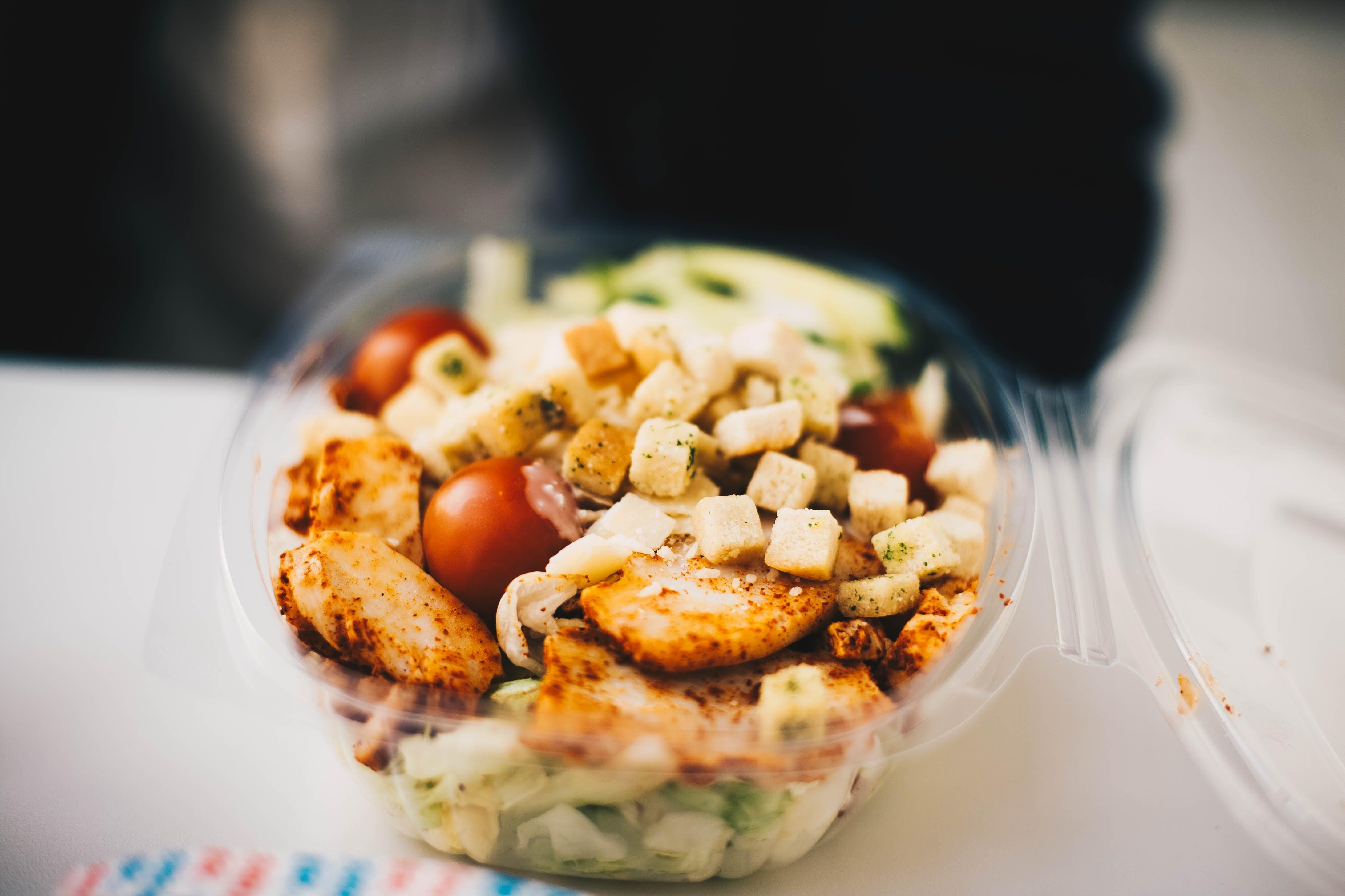 Foto profissional grátis de alimento, almoço, bacia, carne