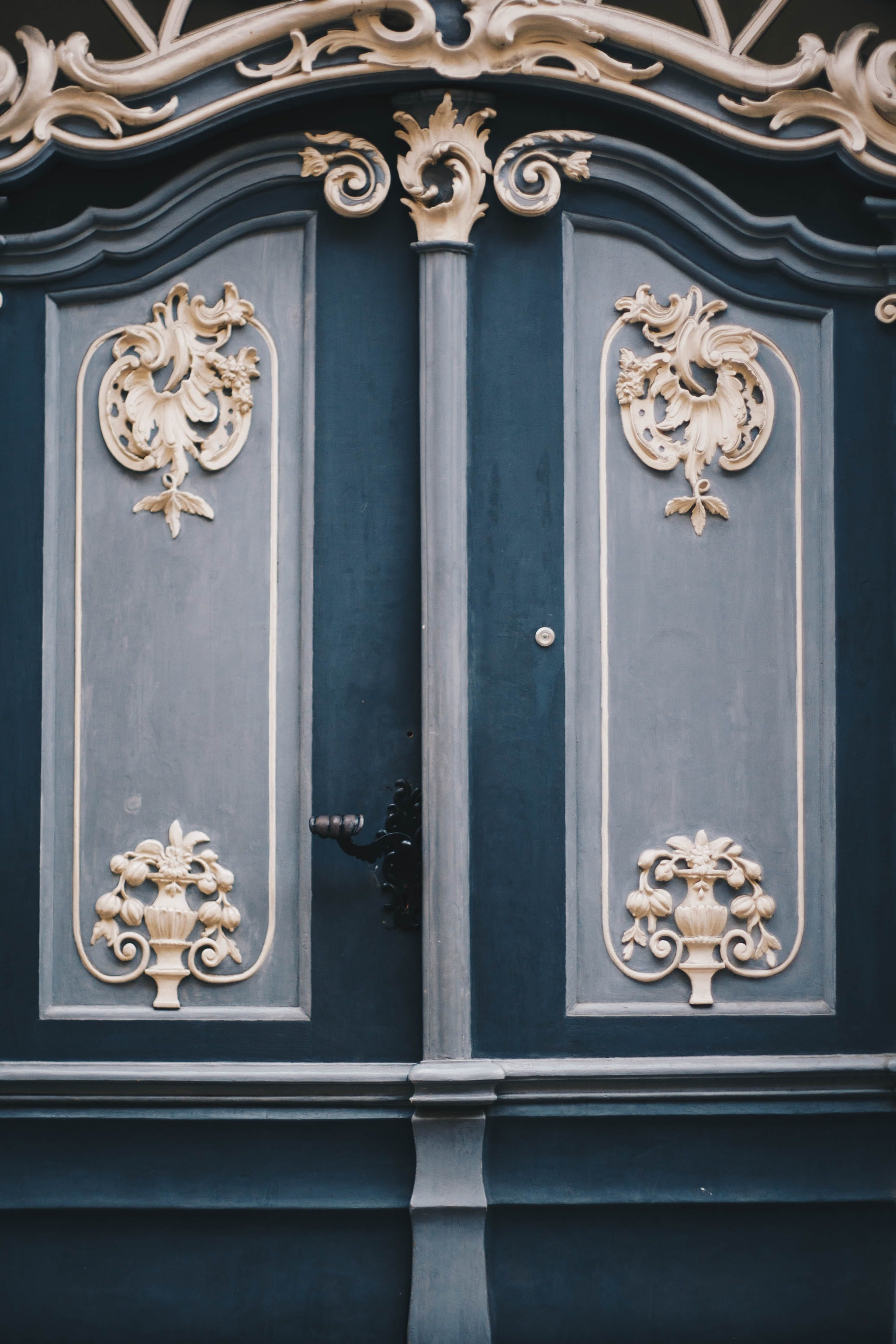 Gray and Teal Gate