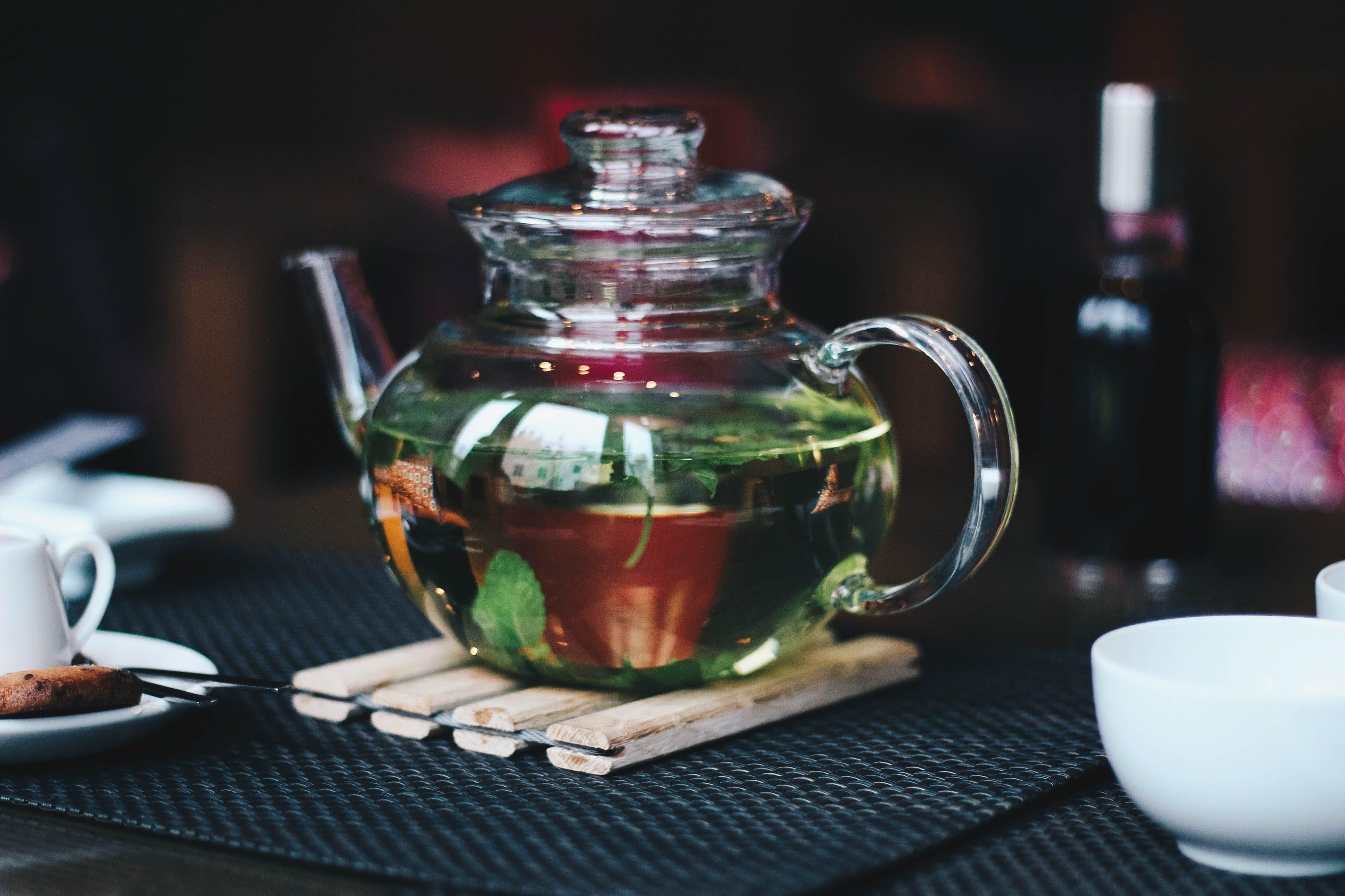 Clear Glass Teapot