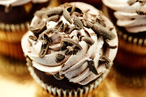 Cupcakes With Chocolate Shavings on Top