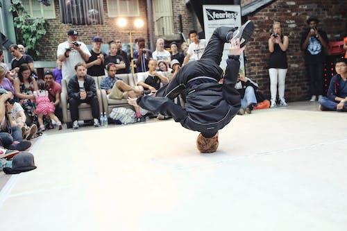 Foto profissional grátis de ação, agilidade, amontoado, atividade física