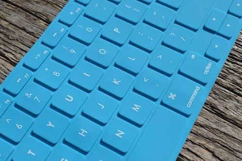 Fotos de stock gratuitas de azul, equipo, escribir a máquina, escribir en el ordenador
