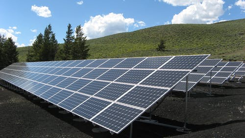 Fotos de stock gratuitas de alternativa, despliegue de paneles solares, eco, ecología