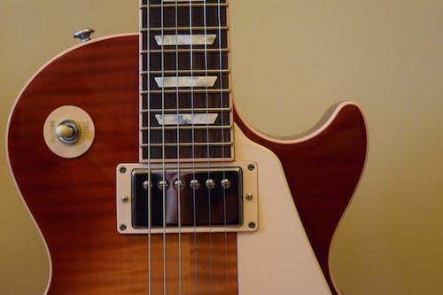 Immagine gratuita di a corda, chitarra, chitarra elettrica, classico