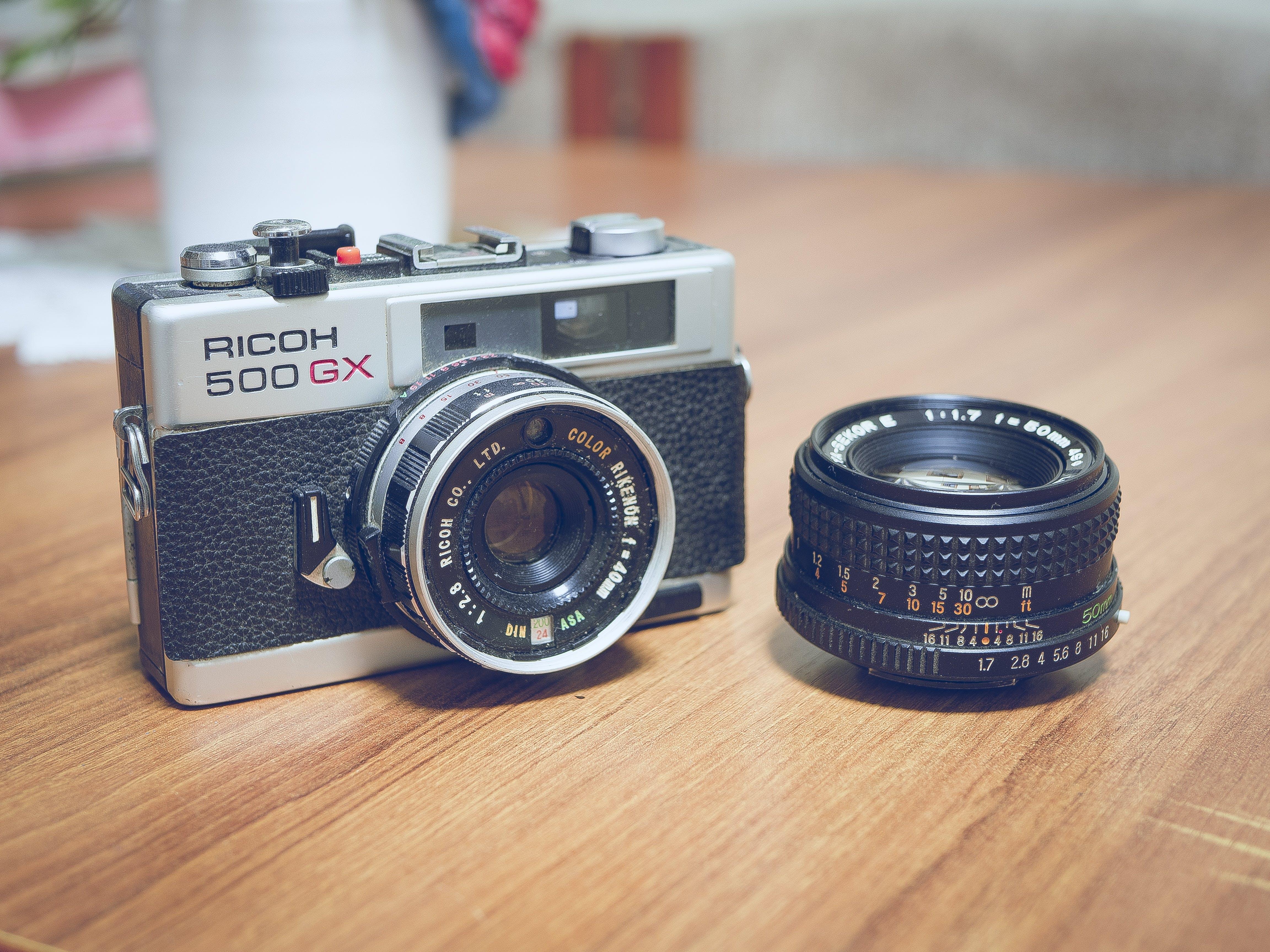 Ricoh 500 Gx Gray and Black