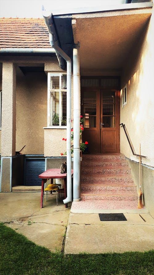 bağbozumu, eski bina, eski moda içeren Ücretsiz stok fotoğraf
