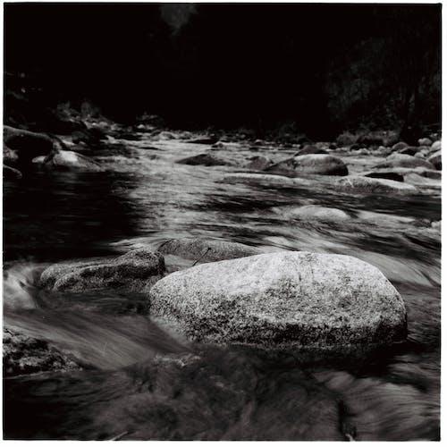 Darmowe zdjęcie z galerii z czysta woda, przepływ wody, słodkowodny