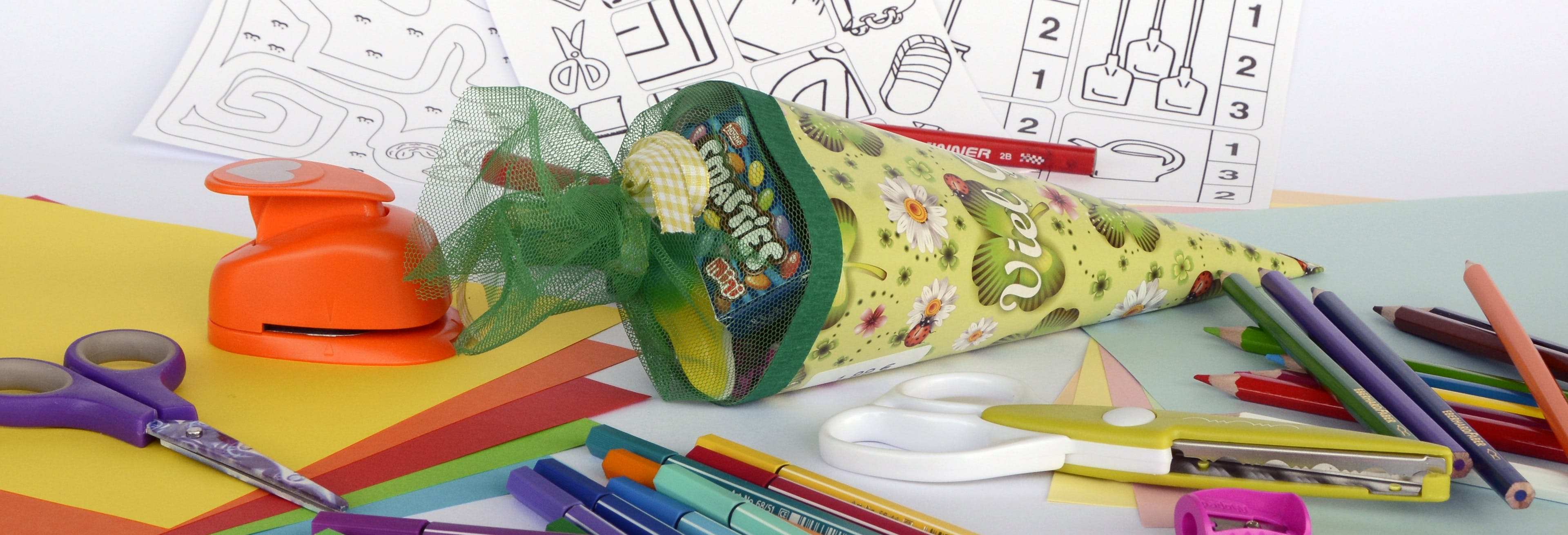 Free stock photo of banner, pencil, pens, school