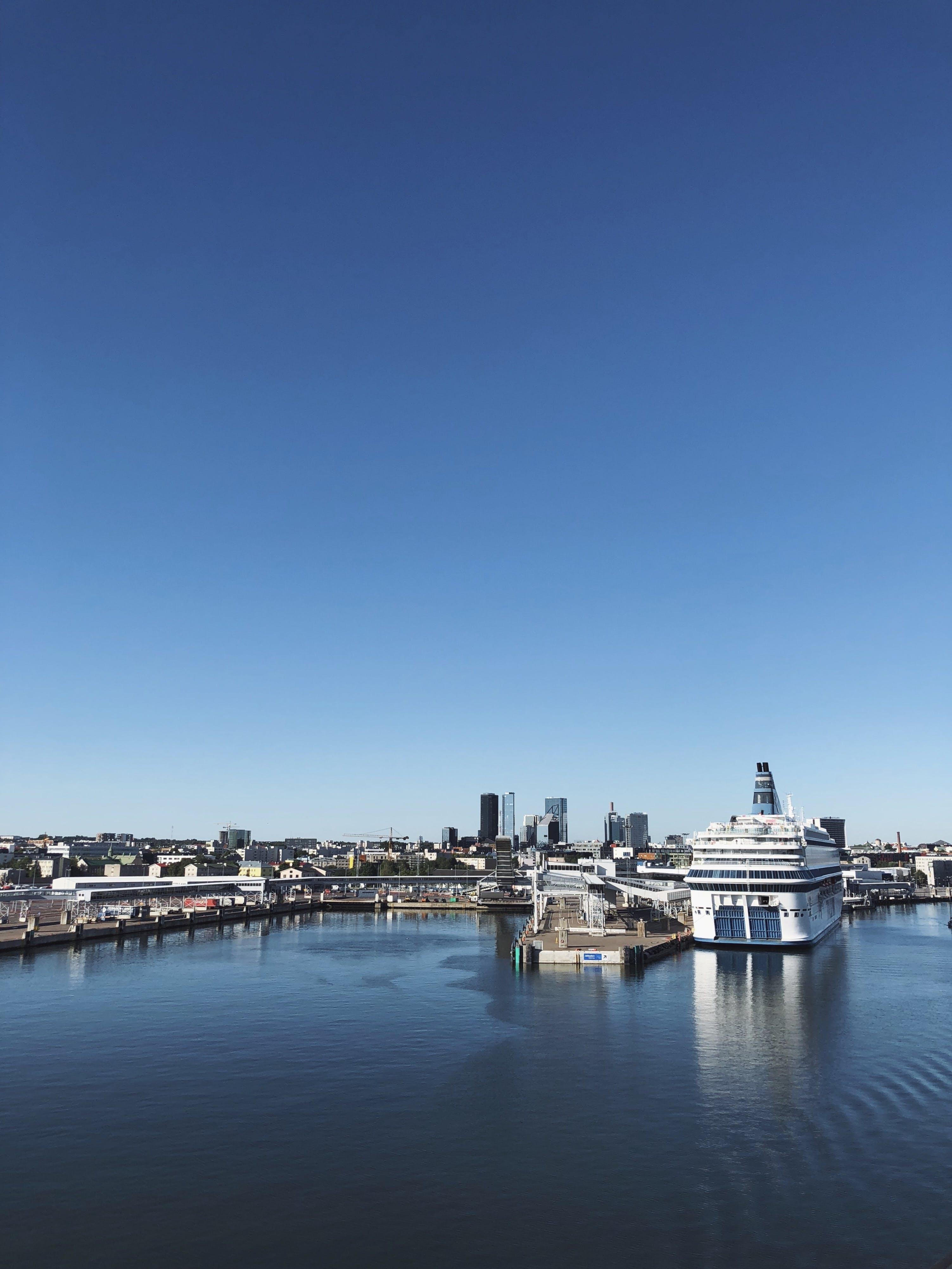 Ingyenes stockfotó építészet, épületek, jacht, jachtkikötő témában