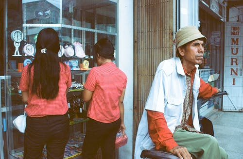Бесплатное стоковое фото с азиаты, Азия, Взрослый, дневной свет