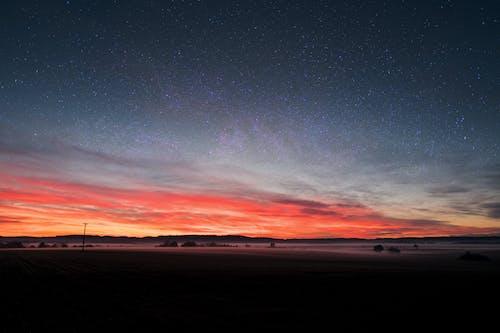 Foto profissional grátis de alvorecer, área, astronomia, cair da noite