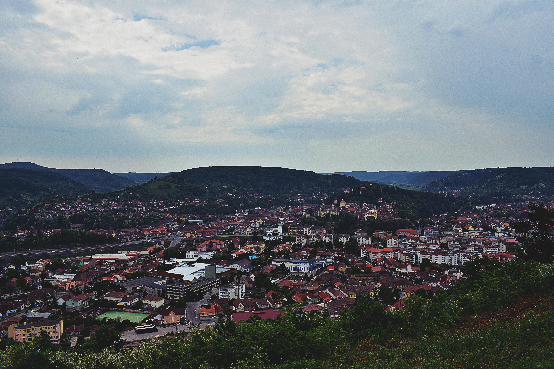 シティ, 家, 屋根, 山岳の無料の写真素材