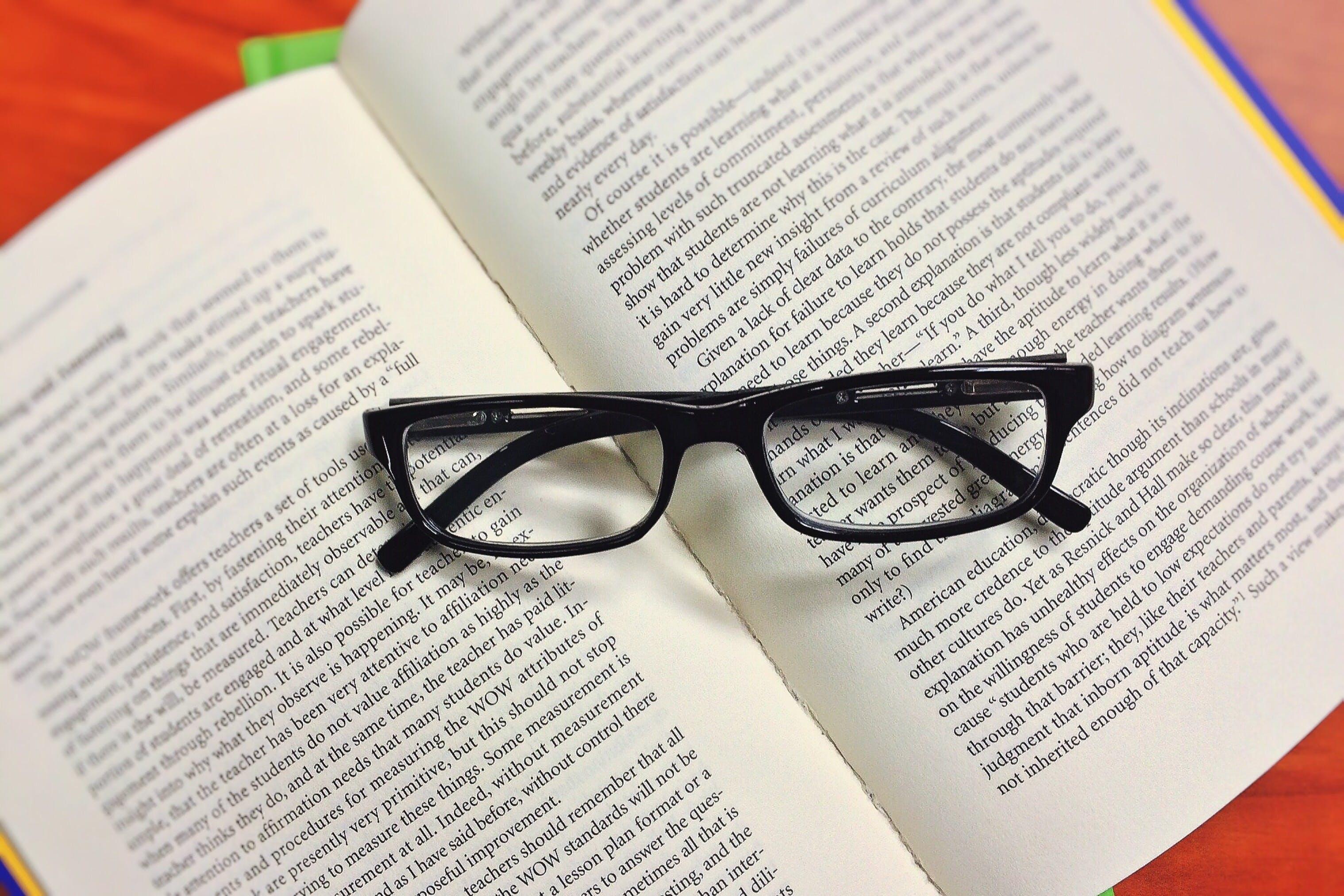 briller, sider, viden