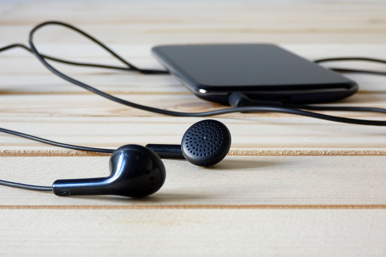 Kostenloses Stock Foto zu audio, elektrik, gerät, headset