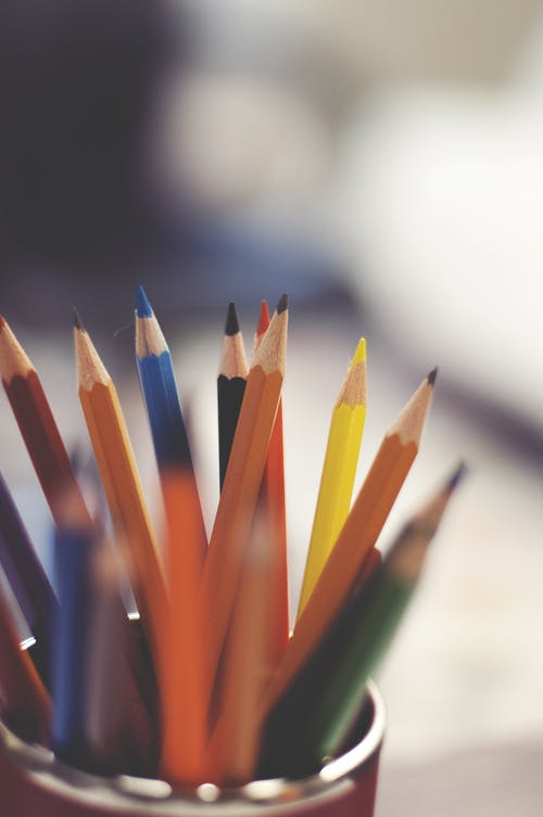 คลังภาพถ่ายฟรี ของ ดินสอ, ดินสอไม้, พร่ามัว, มีสีสัน