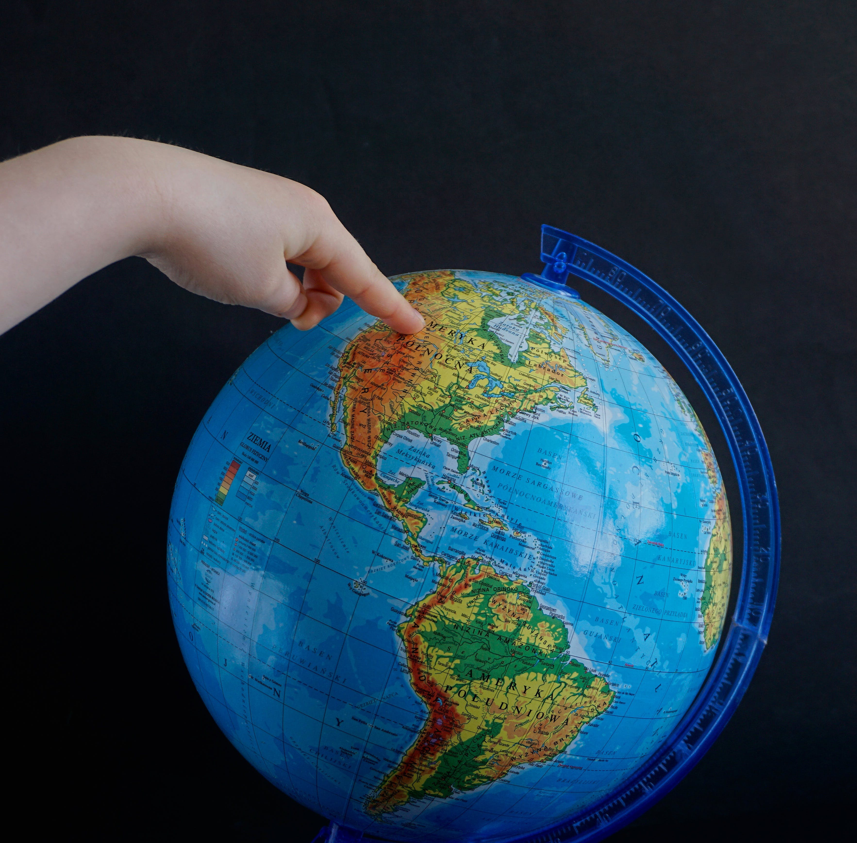 Foto profissional grátis de cartografia, continente, dedo, esfera