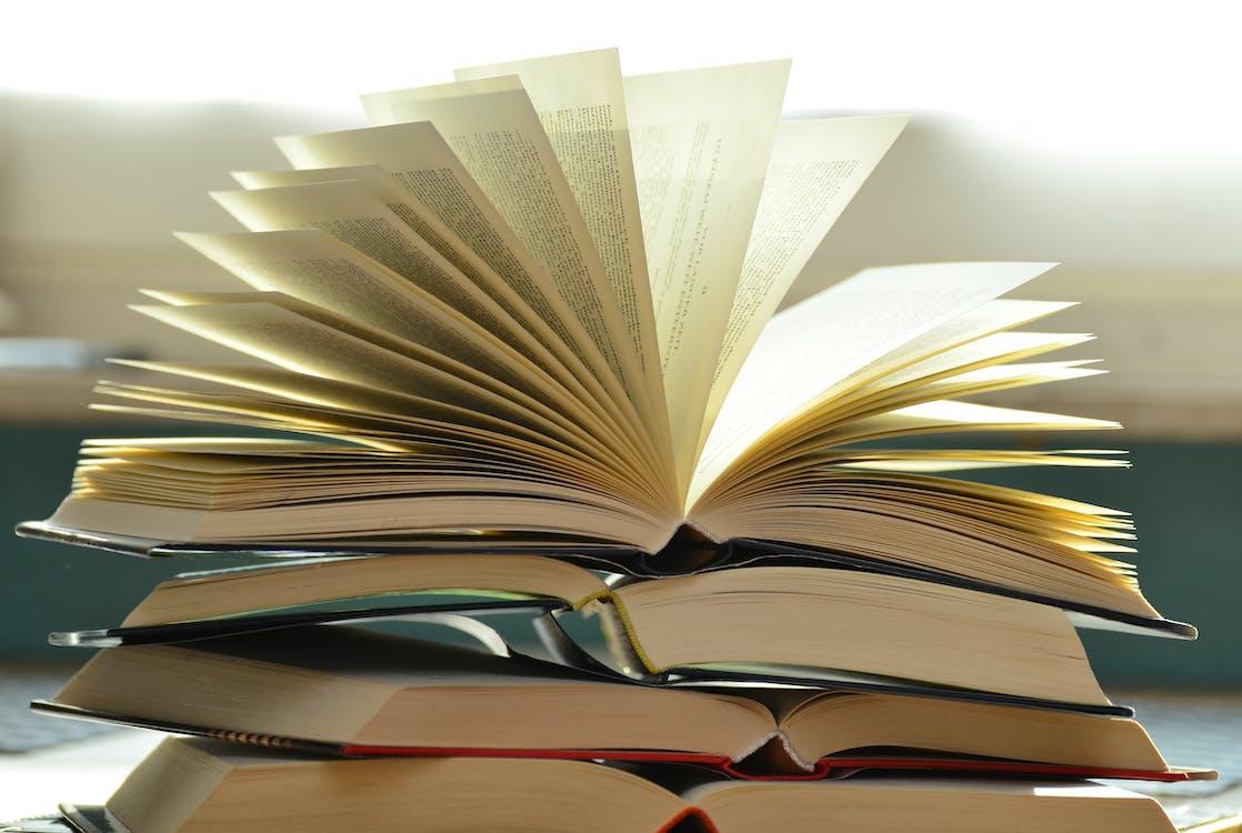 bunke, bøger, close-up
