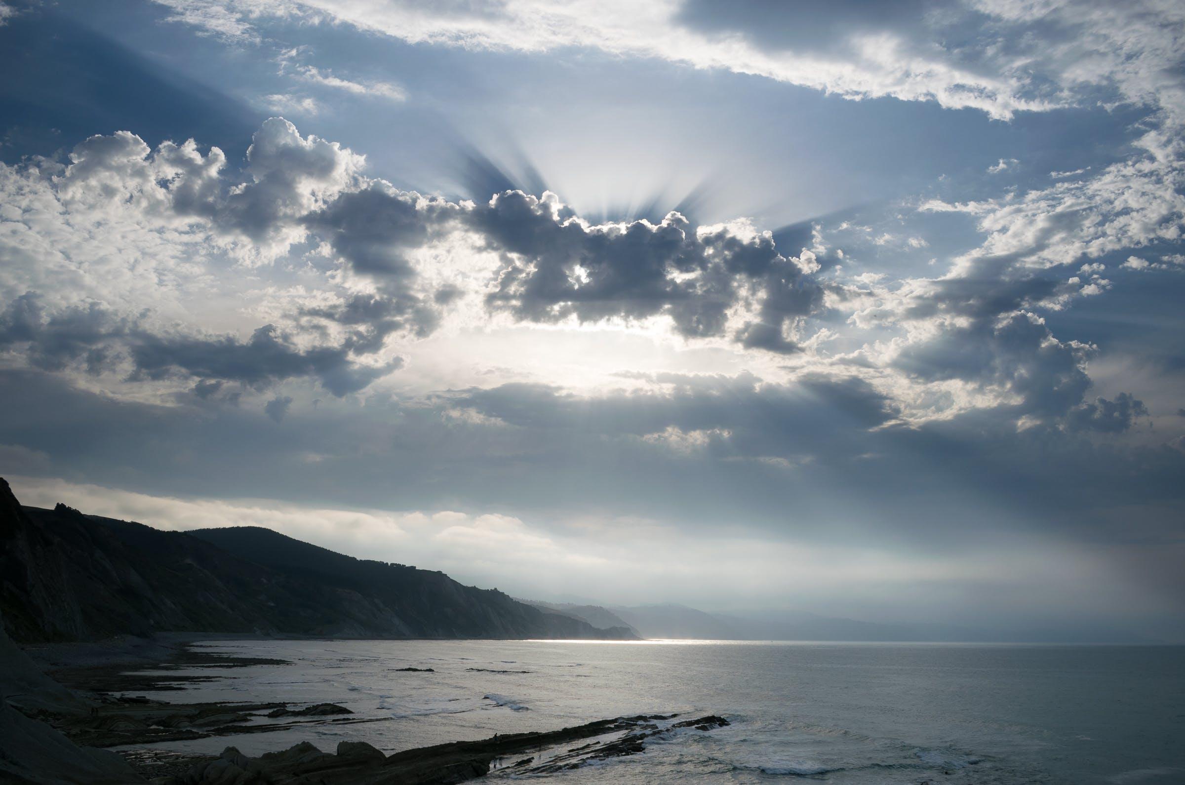 Kostenloses Stock Foto zu himmel, küste, meer, meeresküste