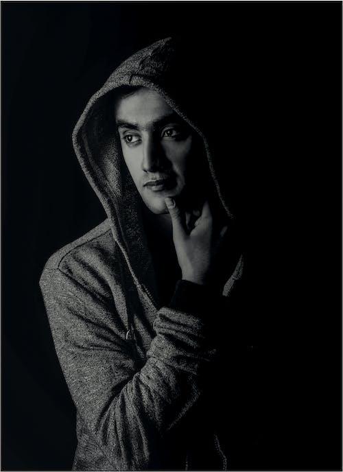 Immagine gratuita di arte, bianco e nero, felpa con cappuccio, fotografia
